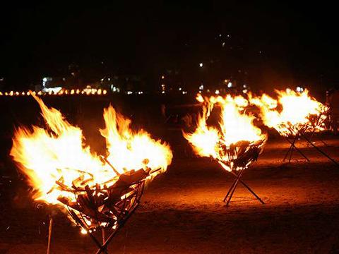 百八体焼きの旧盆送り火